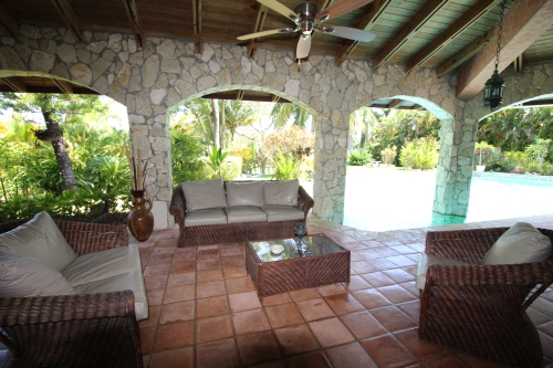 Lovely 4 bedroom villa in popular gated beach side community