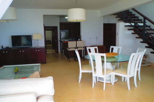 Five bedroom two level luxury penthouse right on the beach